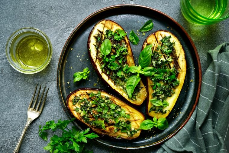 Roasted eggplant with herbs for a low-sodium diet