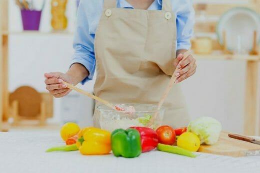 Preparing kidney diet salads